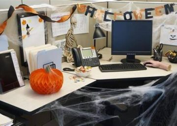 11 ý tưởng trang trí văn phòng rùng rợn chào đón halloween